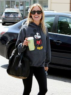Kristin Cavallari not afraid to rock her Fall Outfits, Casual Outfits, Cute Outfits, Fashion Outfits, Lounge Outfit, Lounge Clothes, Mickey Mouse Sweatshirt, Kristin Cavallari, Daily Dress