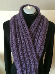 I fell in love with Turvid's One Row Scarf the moment I first saw it. Not being a hand-knitter, I was determined to knit it on a knitting machine. Why should hand knitters have all the fun?