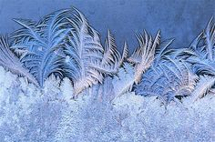 Image: Frost on window in winter. (© Getty Images)