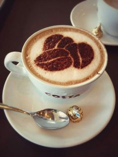 "At any time works for """"a good coffe"""" and the favourite kind is undoubtedly the warm espresso. Cappuccino Art, Coffee Latte Art, I Love Coffee, Coffee Cafe, Coffee Break, My Coffee, Coffee Drinks, Starbucks Coffee, Morning Coffee"