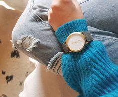 Busy Monday ⏳⌚ druga kawa i nowe projekty👩🏼💻. A tuż po pracy lecę odwiedzić nowy butik w centrum Poznania pięknej @lauracocoreiss. Strasznie kibicuje ludziom z pasja, pomysłem i tym, którym się udało, bo uwierzyli ❤ #newday #newweek #monday #positive #motivation #passion #fashion #style #watch #colors #spring #springiscoming#lilienthalberlin #everytimehasitsplace #blog #blogger #poznan