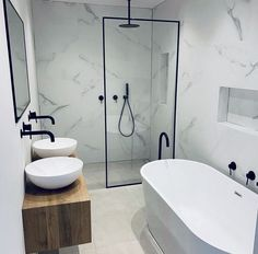 Modern bathrooms incorporate large vanities, Walk In Showers, freestanding baths, shower niches and black tapware this bathroom is one of the most bat… - Marble Bathroom Small Bathroom Layout, Modern Bathroom Design, Bathroom Interior Design, Modern Bathrooms, Master Bathrooms, Dream Bathrooms, Bath Design, Colorful Bathroom, Modern Baths