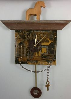 This clock is made from a recycled computer motherboard electronic card, wood frame, chain and rusty metals. Submitted by: Cheryl … Electronic Save The Date, Electronic Cards, Electronic Invitations, Electronic Recycling, Diy Electronics, Electronics Projects, Washi Tape Cards, Rusty Metal, Fancy Fold Cards