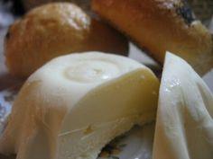 Zelňačka s klobásou - Meg v kuchyni Cheese, Ethnic Recipes, Food, Essen, Meals, Yemek, Eten
