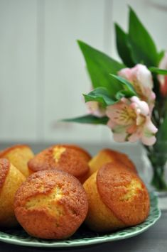 Baked Potato, Muffins, Bakery, Deserts, Food And Drink, Sweets, Ethnic Recipes, Muffin, Good Stocking Stuffers