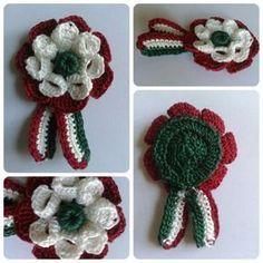 Kokárda (Folded Petal Crochet Flower with Crochet Puffy Round Button)