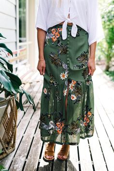 Woman's Floral maxi skirt