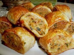 Spicy Chicken Rolls Spicy Chicken Rolls – a lovely addition to your Afternoon/High Tea or as an Hors'doevre at your Party ~ Tea Recipes, Cooking Recipes, Savoury Recipes, Mini Pie Recipes, Recipies, Mince Recipes, Amish Recipes, Dutch Recipes, Grill Recipes