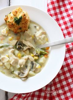 "<p>Recipe here:  <strong><a href=""http://www.skinnytaste.com/2011/01/chicken-pot-pie-soup.html"" target=""_blank"">CHICKEN POT PIE SOUP</a></strong></p>"