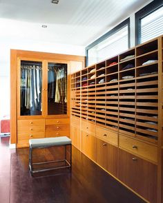 wardrobe /// horizontal drawers + wood system + walk-in closet Dressing Room Closet, Wardrobe Closet, Closet Space, Walk In Closet, Dressing Rooms, Closet Vanity, Modern Closet, Custom Closets, Dream Closets