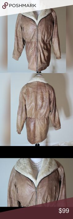 Wilsons Leather Aviator Leather Coat Thinsulate Thermal Insulation. Faux fur neckline. Wilsons Leather Jackets & Coats