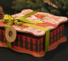 Kırmızı ahşap kutu