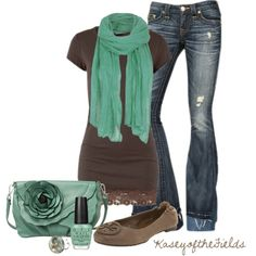 Love the seafoam with the dark brown. Cute little bag too. I love fall outfits.