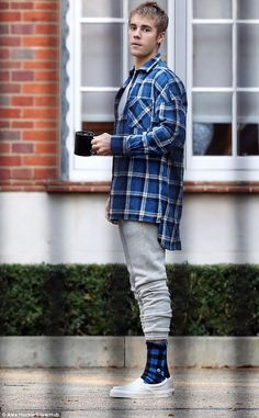 Justin Bieber wearing Vans Classic Slip-on, Fear of God Plaid Flannel Shirt in Blue and Stance Picnic Socks Justin Bieber Outfits, Justin Bieber Style, Justin Bieber Fashion, Streetwear, Bae, Mens Flannel Shirt, Plaid Shirts, Plaid Flannel, Outfit Trends
