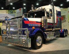 Western Star Trucks Gallery: Tough, Rugged Big Rig Semi Trucks