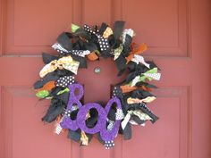 Emma is really wants to decorate for Halloween so we found some ideas!