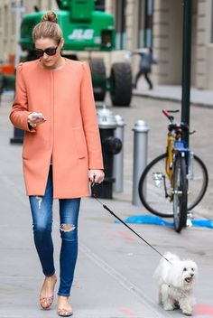 olivia palermo zara coat*\******   FORGET THE COAT!!   THAT DOG IS ADORABLE!!!!!!  :)