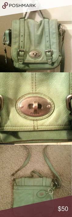 """Fossil Cross Body Fossil """"Maddox"""" organizer flap cross body in sea green. Material: leather, interior: leather and jacquard 100% polyester.  There is mild color discoloration. I tried to capture tgis in the pics. No tears in lining. Fossil Bags Crossbody Bags"""