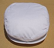 Traditional style newsboy caps in white. The caps are a crisp, light weight linen with a front snap that attaches to the bill. The perfect accessory to finish an outfit in style. Small fits ages 1 to 3 and is 52 cm. Medium fits ages 3 - 6 years and is 54 cm. NOTE! - The snap on the bill is not meant to be opened and may pull off.   White, beige, navy, black, brown and burgandy.  $23.95