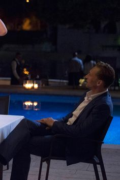 Tom Hiddleston. The Night Manager - Episode 1.04 - Press Release + Promotional Photos. Full size image: http://i.imgbox.com/FQB96lMw.jpg Source: http://www.spoilertv.com/2016/02/the-night-manager-episode-104-press.html