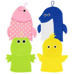 Turn any bath into a fun experience as the kids bathe and play with these adorable bath puppets! Polyester bath puppets have a soft surface to gently cleanse the skin while increasing lather. Case inc