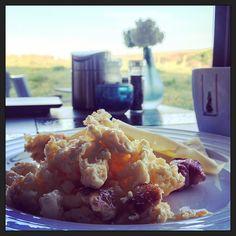 #hotelontbijtje Roerei #eten natuurlijk. En koffie. Veel koffie. #lekker :-)