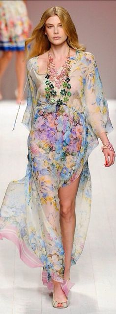 "I think this designer is someone to watch, she brings ""tropical wear"" to a sophisticated realm for the city girl."