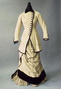 Walking Dress 1880, French, Made of wool and velvet