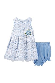 Rosette Applique Lace Pleated Dress (Baby Girls)