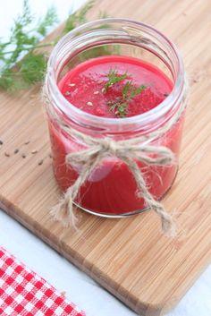 ... ou borsch, ou bortch, enfin ma soupe à la betterave ! La soupe est en Russie un plat typique et convivial proposé sur le...