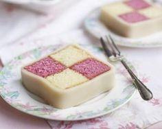 Mini Marzipan Chocolate Battenberg Cake: no recipe at link. Battenburg Cake Recipes, Mini Cakes, Cupcake Cakes, Mayonaise Cake, Afternoon Tea Recipes, Muffins, Chocolate Cookies, Chocolate Cheesecake, Tiny Food