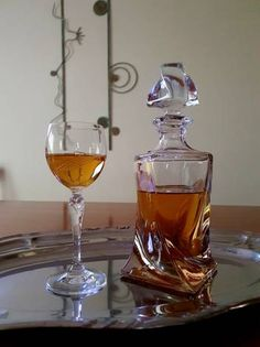 Alcoholic Drinks, Coffee Maker, Food And Drink, Wine, Glass, Kitchen, Art, Alcoholic Beverages, Baking Center