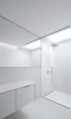 House in Beloura, 2014 – minimalistic bath design | bathroom . Bad . salle de bain | Design: Estúdio Urbano Arquitectos |