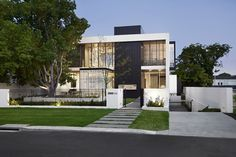 Gallery House by Craig Steere Architects, Perth. #residential #architecture