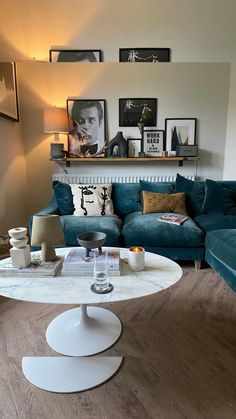 kerrylockwood on Instagram: Shelf styling tips 👯♀️ I love open shelves & bookcases, they're a great way to inject personality into any space. I've used a scaffold…