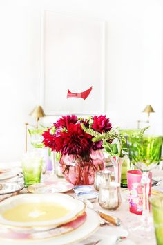 How to Host an Elegant Dinner Party in a Studio Apartment