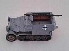 KAIYODO - CapsuleQ Capsule Toy World Tank Museum Germany Schutzenpanzerwagen Deformation 2 Figure Grey Tray Version