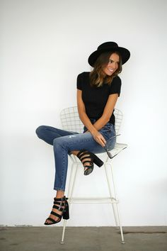 High-waited jeans + fitted crop top + strappy heels = the perfect spring look!