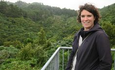 Most New Zealanders live in urban areas and are getting fewer opportunities to engage with nature. In this story, we meet researcher Dr Danielle Shanahan who is investigating why nature is important for all of us. Environmental Education, International Day, Scientists, Investigations, Exploring, Connection, Meet, Science, Urban