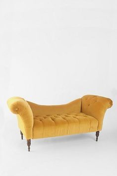 Love this! It reminds me of the gold sofa my sister gave me... I loved that thing! Wish It would have lasted forever!