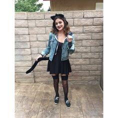 Pin for Later: 70 Mind-Blowing DIY Halloween Costumes For Women Cat All it takes to nail this classic costume is eyeliner whiskers and some fake cat ears. Meow!