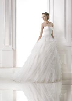 MOANA MISTY (Vestido de Novia). Diseñador: Pronovias. ...