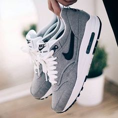 Sports Nike shoes so beautiful and exquisite,click to come online shopping, Super surprise!!