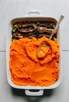 A colorful take on classic shepherd's pie with lentils, vegetables, and a fluffy sweet potato topping. You'll love this 10-ingredient plant-based meal!