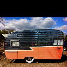 Black & Orange vintage camper - Shasta travel trailer - caravan <O>