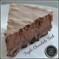 Triple Chocolate Tart {LCHF, Banting, Sugar-Free} -- needs some work to eliminate sugar, and has several steps already Banting Desserts, Banting Recipes, Ketogenic Desserts, Healthy Desserts, Low Carb Recipes, Banting Diet, Diabetic Desserts, Diabetic Recipes, Ketogenic Diet