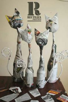 Paper Mache Clay, Paper Mache Sculpture, Paper Mache Crafts, Paper Clay, Sculpture Art, Paper Art, Sculpture Ideas, Ceramic Sculptures, Wine Bottle Art