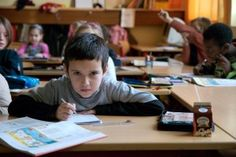 Jedes Kind lernt gerne - aber ohne Druck  Lernerfolge bei Kindern sind lediglich Vermeidungseffekte von Druck und Stress, sagt Neurobilologe Gerald Hüther. Dabei lernen Kinder alles, wenn es Ihnen gut nur geht