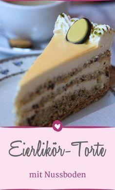 Eggnog cake recipe: it tastes like grandma& Eierlikörtorte-Rezept: So schmeckt es wie bei Oma Simply heavenly! With this recipe you can conjure up a delicious egg liqueur cake. Healthy Dessert Recipes, Egg Recipes, Easy Desserts, Baking Recipes, Cake Recipes, Shrimp Recipes, Recipes Dinner, Cream Recipes, Easter Recipes