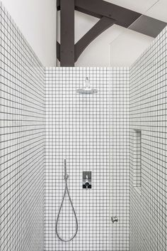 Bathroom tile ideas will amp up your small bathroom with a touch of creativity and color Small Bathroom Wallpaper, Modern Bathroom Tile, Attic Bathroom, Bathroom Floor Tiles, Bathroom Toilets, Bathroom Colors, Bathroom Interior Design, Interior Design Living Room, Shower Tiles